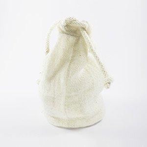 Bolsa 100% algodón, no tiene revestimientos plásticos y es totalmente reciclable.